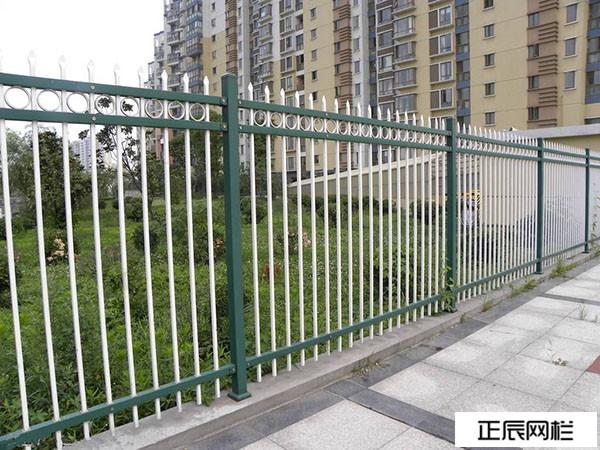 围墙铁栅栏网价格多少钱一米