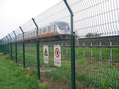 湖南铁路护栏网工程案例