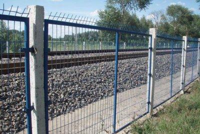 宁夏铁路护栏网工程案例
