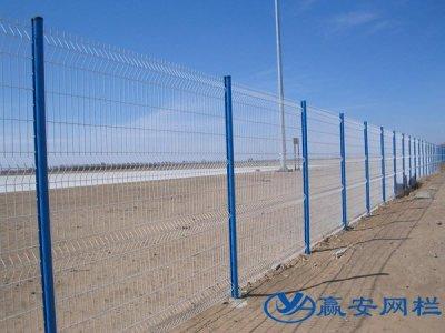 钢丝围栏网