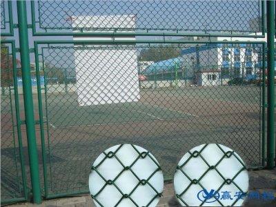 体育文化公园护栏网的选择与安装