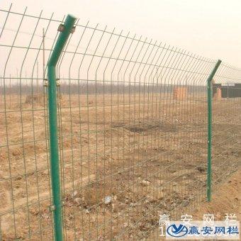 铁丝围栏网的表面处理方式