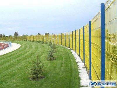 普通球场围栏网和高尔夫球场围栏网的区别