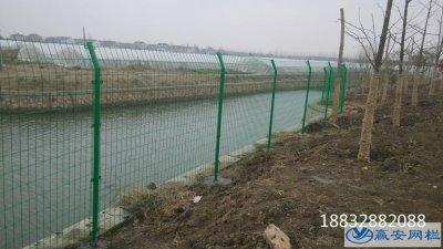 铁丝围栏网价格规格和表面处理方式
