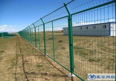铁丝网护栏表面处理方式与作用