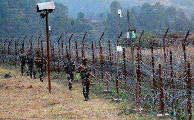 印巴边境杂乱的铁丝网围栏