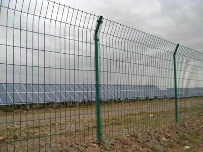 内蒙古光伏护栏网施工案例