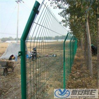农村圈地围栏网的使用和选择技巧