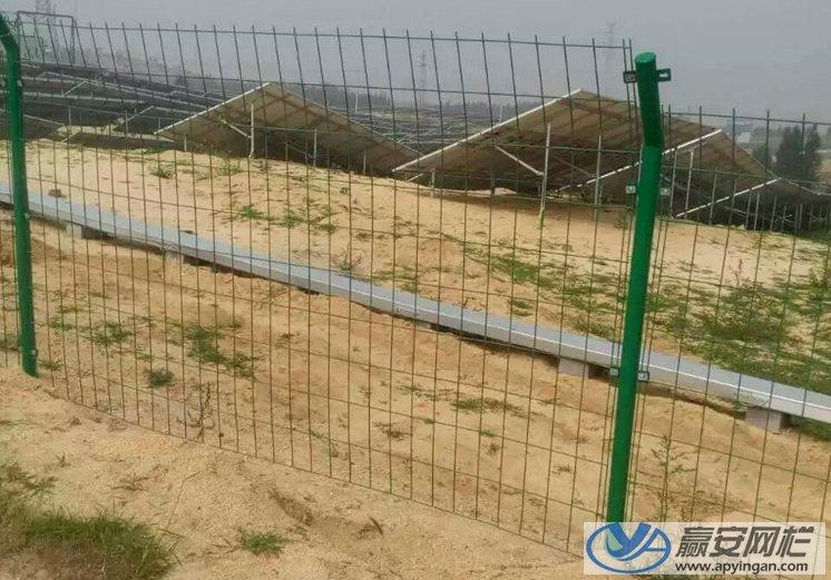 圈地铁丝围栏网