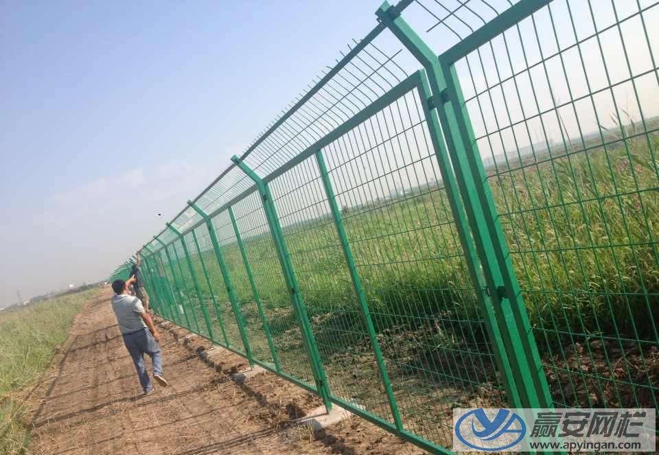 框架护栏隔离网