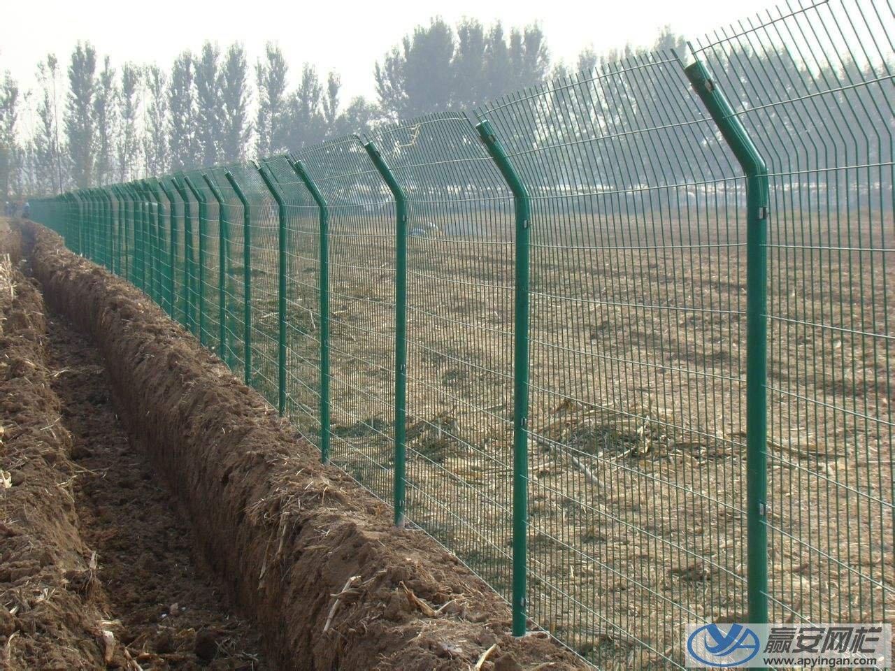 农田圈地铁丝网围栏
