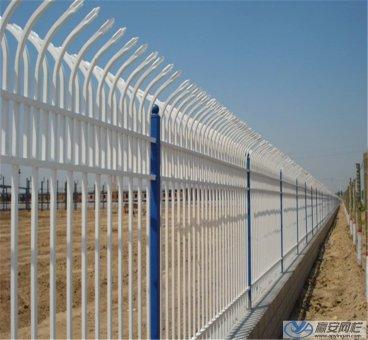 双向折弯锌钢护栏