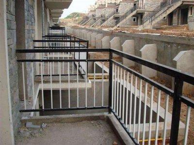 锌钢护栏阳台图片