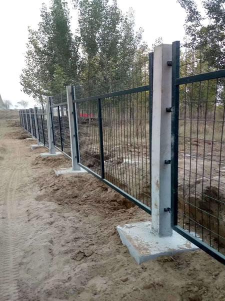 铁路护栏网2