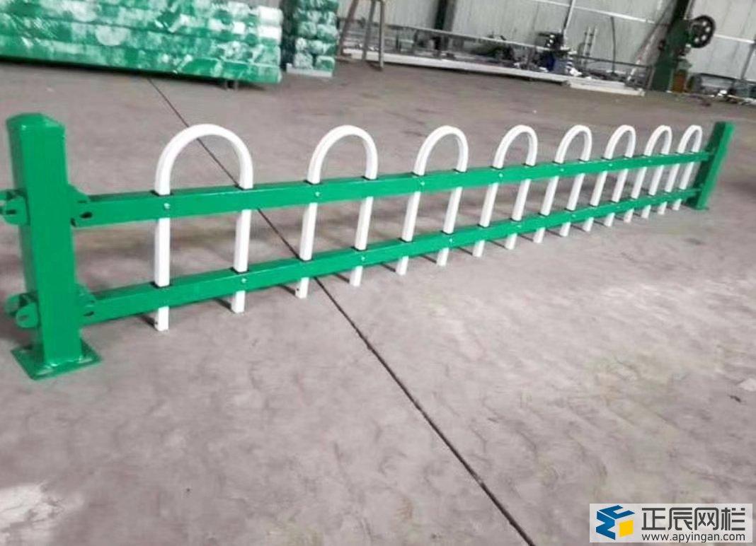市政锌钢护栏网厂家直销