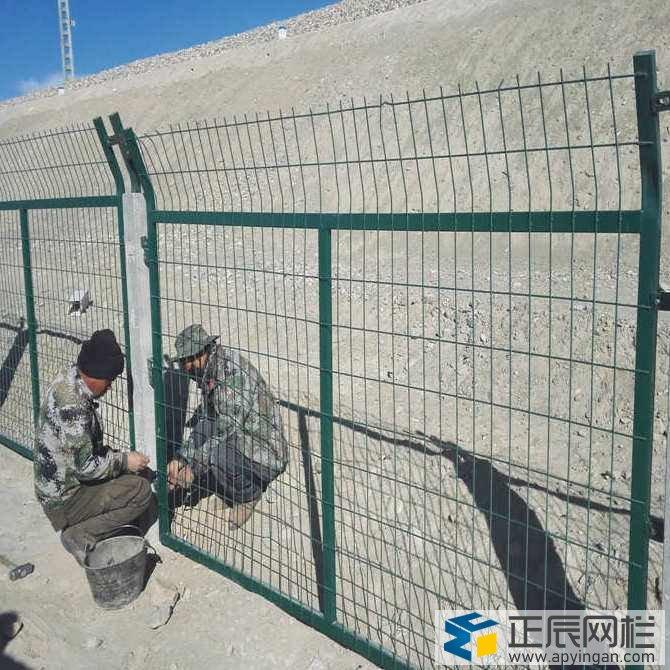 铁路护栏网的安装施工